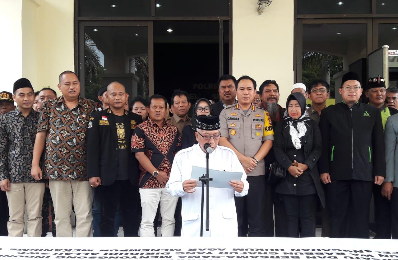 Deklarasi damai usai pemilu yang digelar di Mapolrestro Bekasi. Ist/Suara Bekasi Online